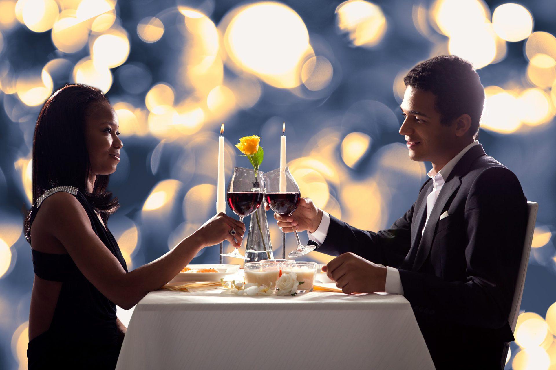 Guide to Valparaiso's Top Romantic Restaurants- Valentine's Day [2021]